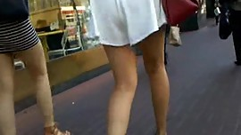 BootyCruise: Asian Babe Shopping Mall Leg Art