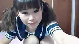 A very young asian web teen, so horny. I love her
