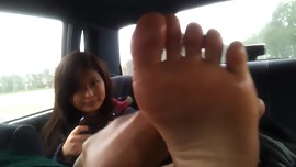 Ashley Size 7 Foot Rubbing