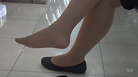 Asian Nylon Dangling Heels