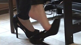 Aiko Shoeplay clip 8 from Footfetish Garden