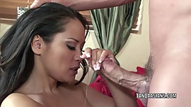 Asian hottie Jessica Bangkok takes some dick in her pussy